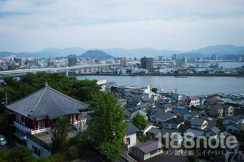 江波山から太田川・光南・吉島方面の景観