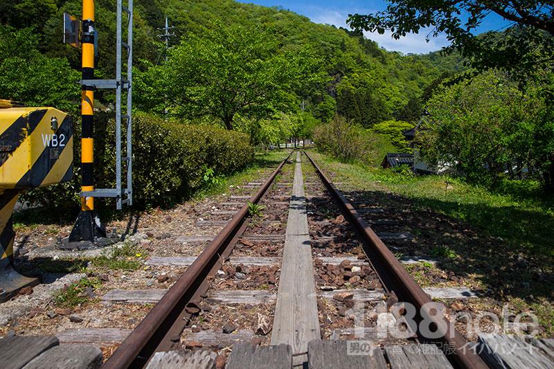 安野 花の駅公園の線路