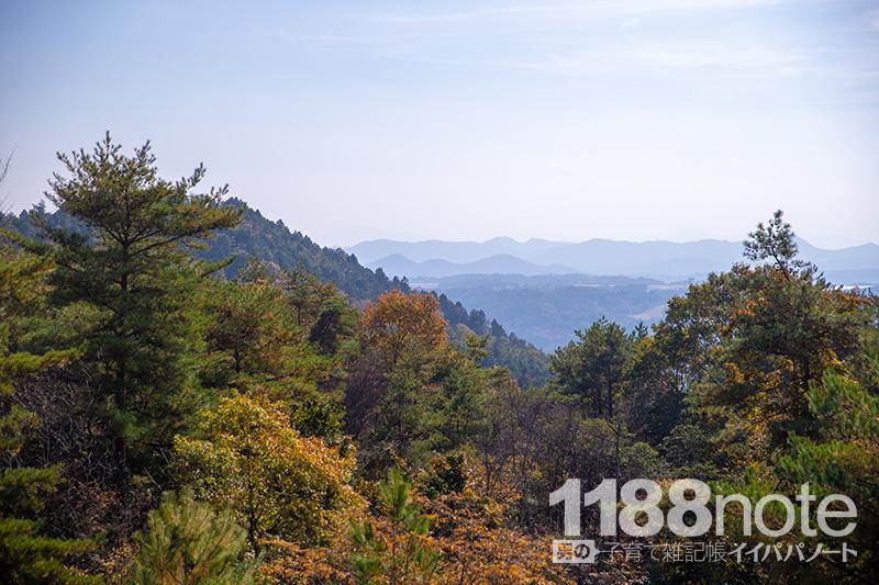 広島県三原市果実の森にある芝生広場から見た景色